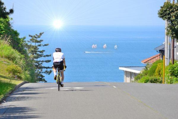 自転車でストレス発散!選ぶべきロードバイクとクロスバイク比較